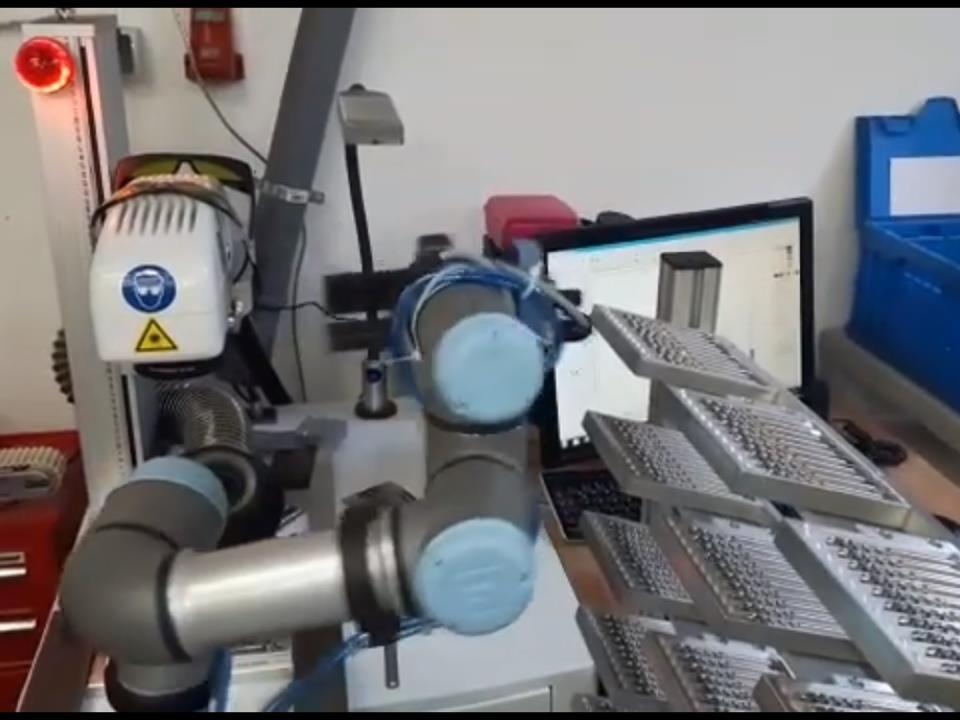 Roboter im Einsatz bei Bauer & Böcker Remscheid Deutschland